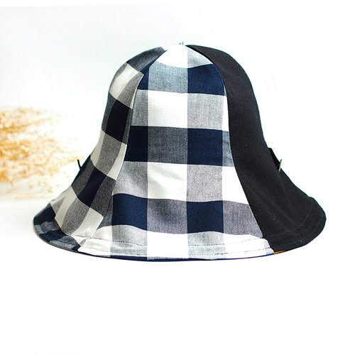 Calf Village Calf Village Handmade double-sided cap Men and women super-shade Long long hat along / can be bent / cap rope can be removed wild (chessboard box) black and white [H-298]