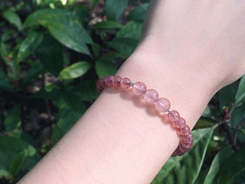 [Ofelia.] Natural Stone Series - Natural Pure Silver Grain Strawberry Bracelet [J99-Missandei] / Crystal