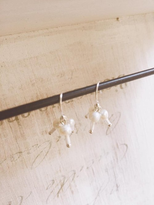 A Bead Silver cotton flower earrings dancing candy taste