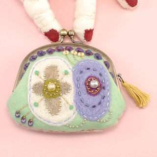 tiny purse, coin purse, pill case, light green, wide opening small pouch No,1
