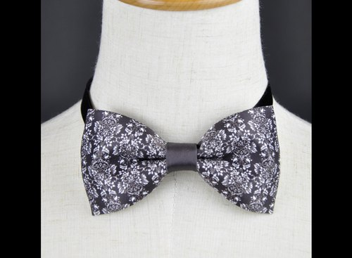 Bow tie, black flower pattern bow tie, necklace, handmade, limited hand, gift, custom tie, dream design studio, DBT15096