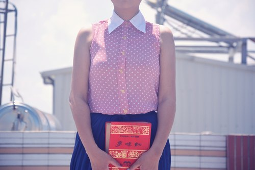 Department of pink sand girl | vintage sleeveless shirt