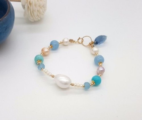 Girl Crystal Worlds - [London Eye] - tri-color pearl handmade natural crystal bracelet
