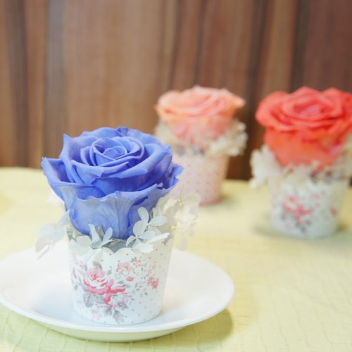 """NEW"" Amaranth lavender flower ceremony cupcakes"
