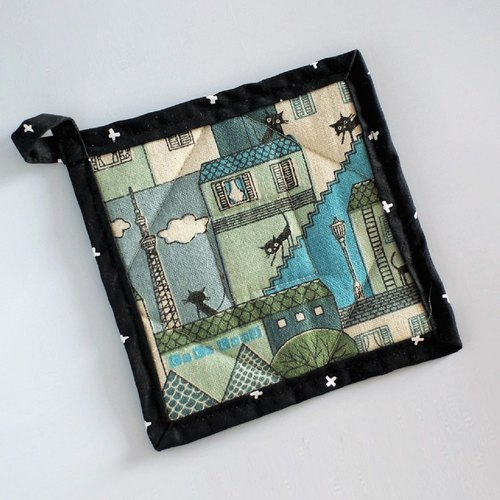 Pot Holder (Turquoise Black Cat)