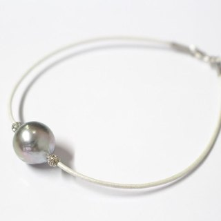 South Sea pearl white bracelet