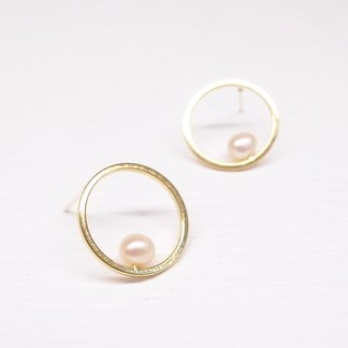 Ermao Silver [Geometric Series Brass Plated 18K Gold Round Small Pearl Earrings] Pair
