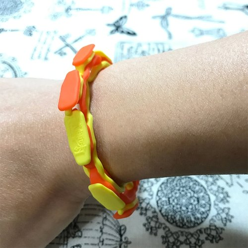 """Opera bracelet"" yellow orange section [silicone material]"