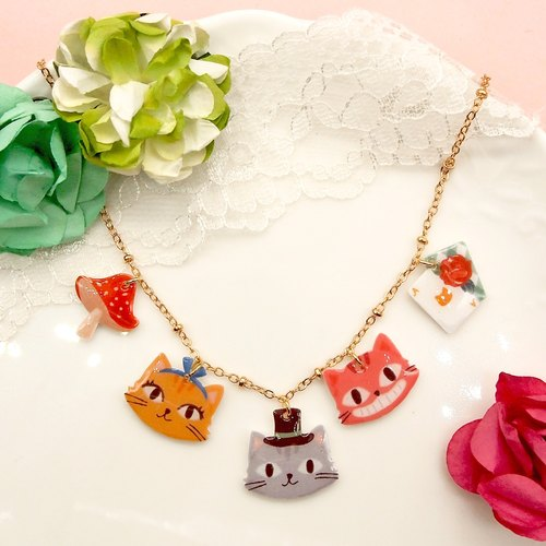 Catty in Wonderland hand-Alice series of cat necklace