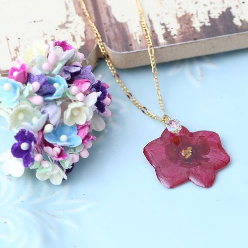 """Three flower cat hand flower"" flower language love real flowers narcissus flower flower necklace spot"