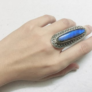 Labradorite Ring Made in Nepal 92.5% Silver