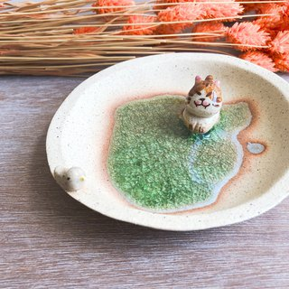 Little Cat -Handmake Ceramic and glass Jewellery plate