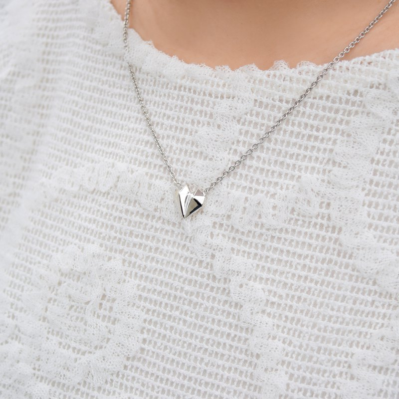 【由本地老工匠製造】鑽石心形18K白金項鍊