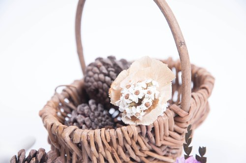 Her Bouquet vulnerable heart | dried flower ring white plum French hydrangea