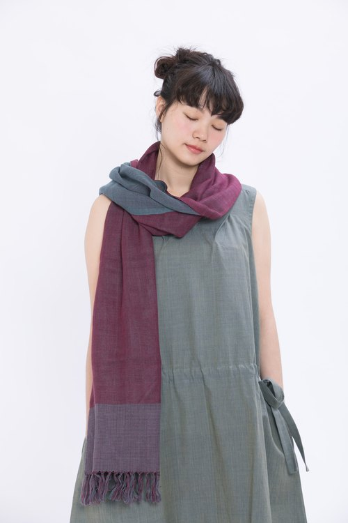 Flower Dream Wool Scarf _ Microbubble Grape _ Fair Trade