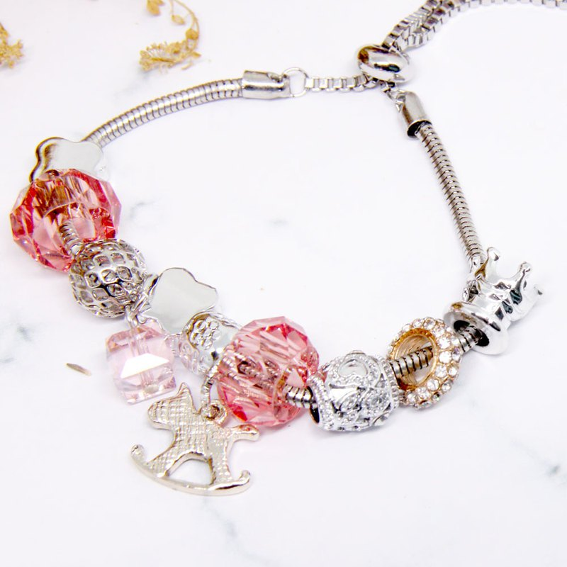 Carousel Music Box │ Transparent Pink Beaded Bracelet │ Bracelet