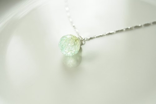 :│Sweet Dream│: Ice Crystal Glass Silver Necklace│Water Color