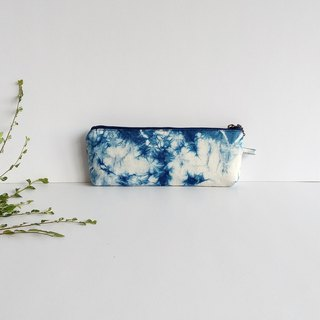 Blue dyed rendering pen bag 1003-1 handmade blue dyed plant dyed pencil bag Wenchuang limited edition unique