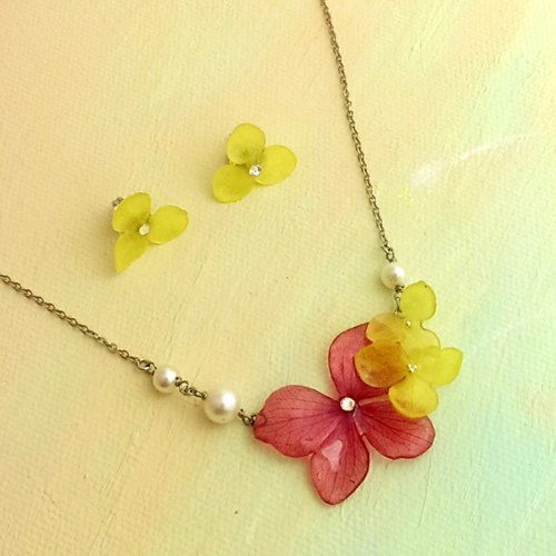 Floral Art Jewel Valentine Day Necklace & Earring Set