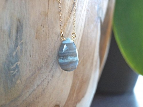 (Horizontal stripes pattern) natural quartz 14kgf necklace