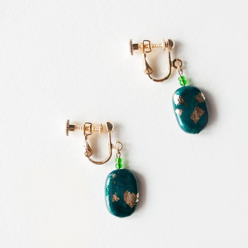 TeaTime / wind US Green + gold ear clips (earrings / ear clip) / original handmade of pure gold leaf color green is imported materials earrings earrings ear clip