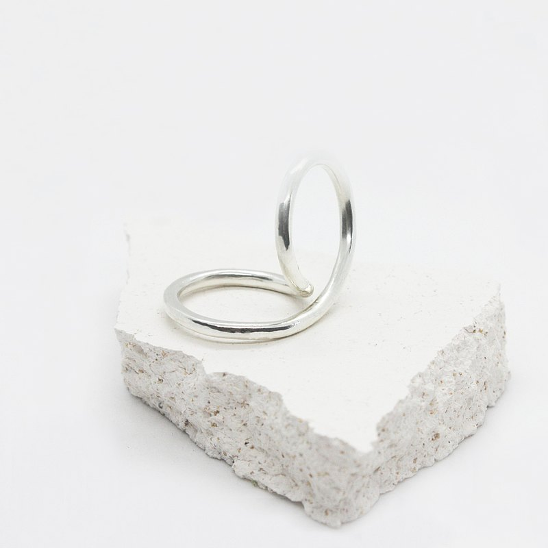 Handcrafted Silver 2-way ring