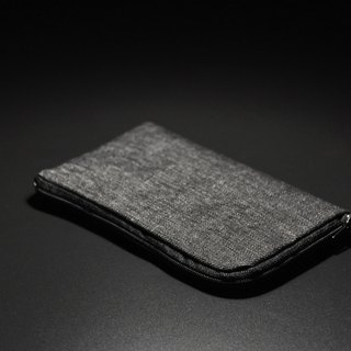 ENDURE / denim black tannin cloth cell phone pocket