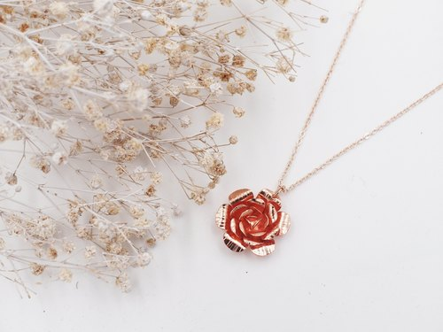 Lolita IRIS Hand Work ✦ Original Beauty ✦ Rose ✦ Copper Plating ✦ Rose Gold ✦ Necklace / Necklace / Chain Link / Short Chain