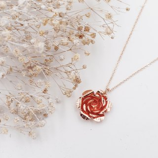 The first beautiful rose copper plated rose gold necklace / necklace / clavicle chain / short chain