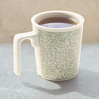 Wood maze level3 kiss mug (good fun)