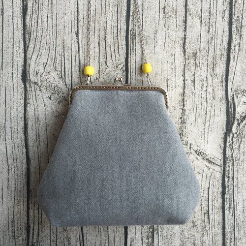 Grayish yellow beads creative handmade wool felt wool cotton bag mouth gold bag shoulder chain bag slung dinner clutch purse handbag bag phone