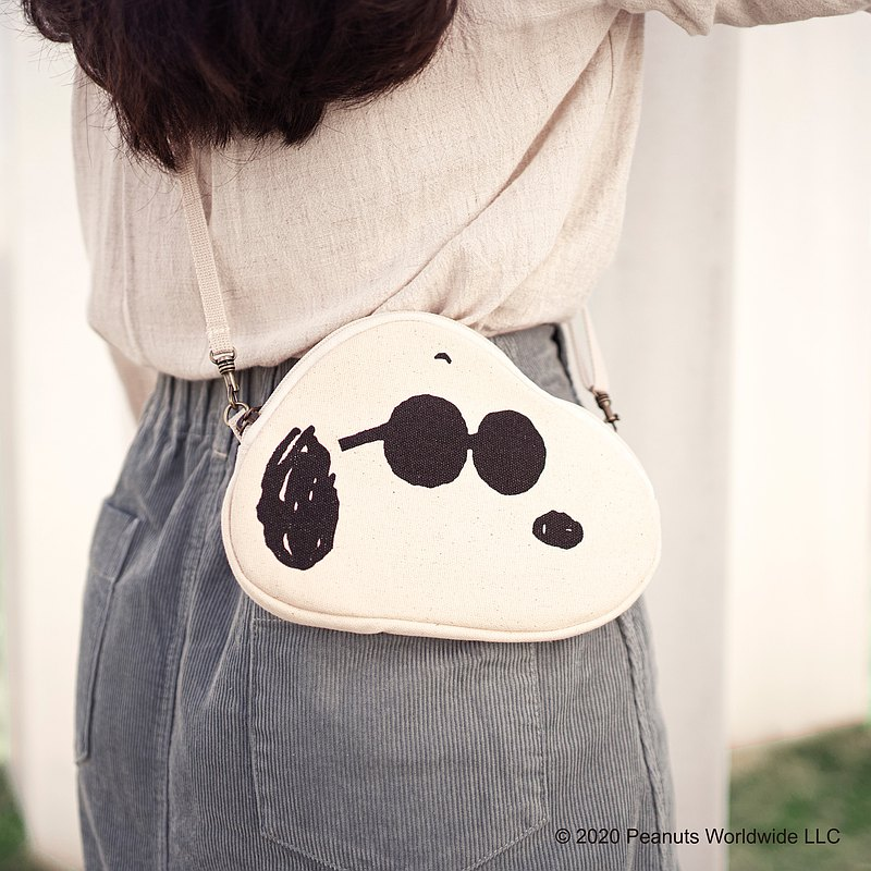 SNOOPY canvas styling bag