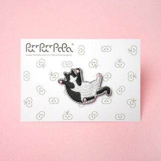 black & white Cat Kitten Embroidery Pin brooch