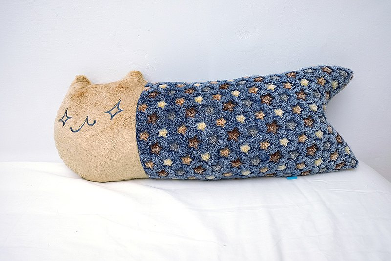 FishCat Cushion