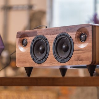 MINFORT|MIN7: The Multi-function Handmade Wooden Speaker (Walnut)