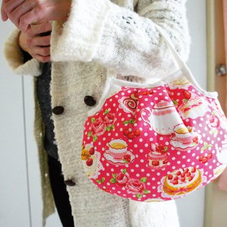 Lovely (Japanese cloth) strawberry cake afternoon tea handbag, hand bag, lunch out pocket, pink