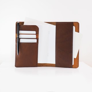 Original Passport Holder - Brandy Brown