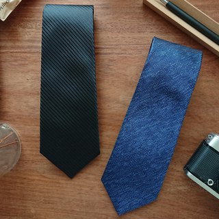 The GENT Black Stripe | Blue Print Neck Tie