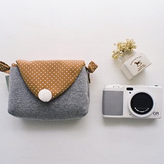 hairmo. Simple activities triangle envelope tape zipper camera bag - brown spot (monocular / class monocular / small DC)