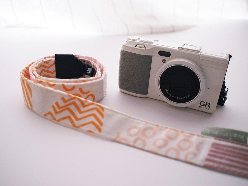 hairmo不規則線條相機背帶/手腕帶-粉橘(相機/手機/證件)