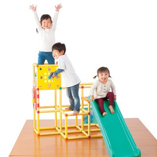 Dynamic brain power three-layer climbing frame slide group