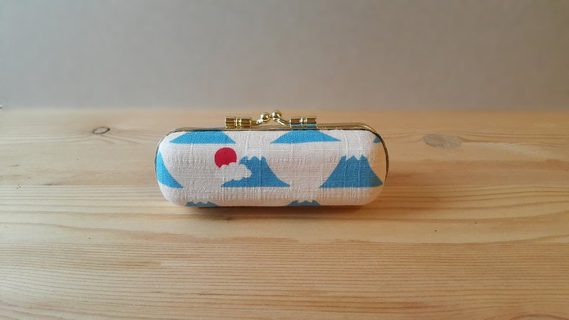 Limited out of print ∣ Japan's Mount Fuji ∣ Japanese cloth ∣ Gold seal box