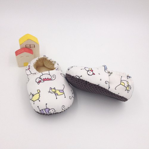 Small line cat - toddler shoes / baby shoes / baby shoes