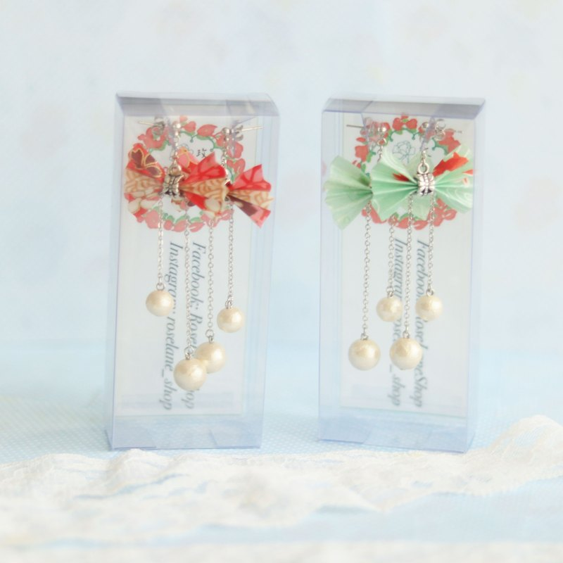 Butterfly earrings with cotton pearl