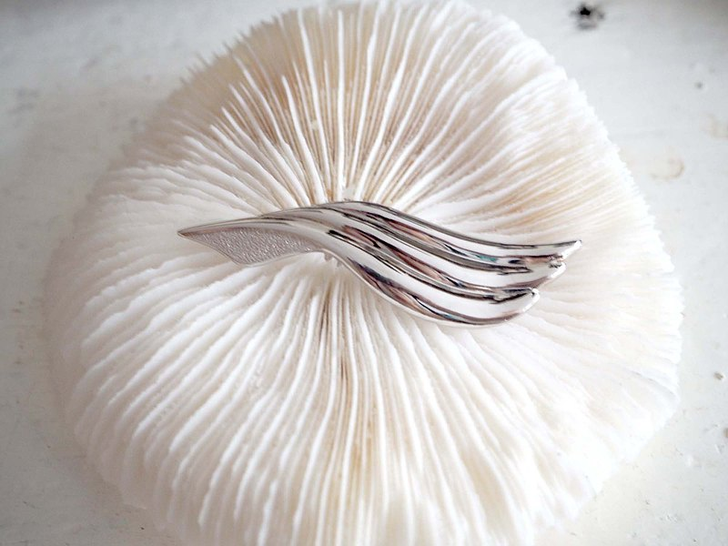 Vintage simple 925 silver wings brooch noble and elegant Japanese second-hand used jewellery vintage