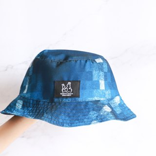 Blue plaid fisherman hat