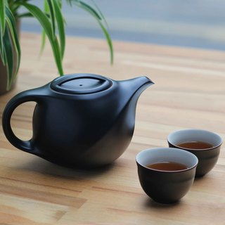Fujin │Silk Teapot Teacup Set (Black Pottery)