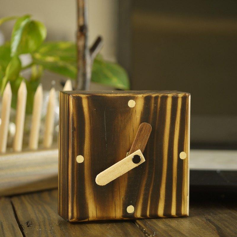 原木烤黑方正座鐘 座鐘 靜音 辦公用品 桌上座鐘 時鐘 clock