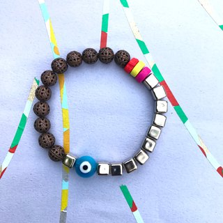 Bracelet bracelet ∞ one-eyed qualities