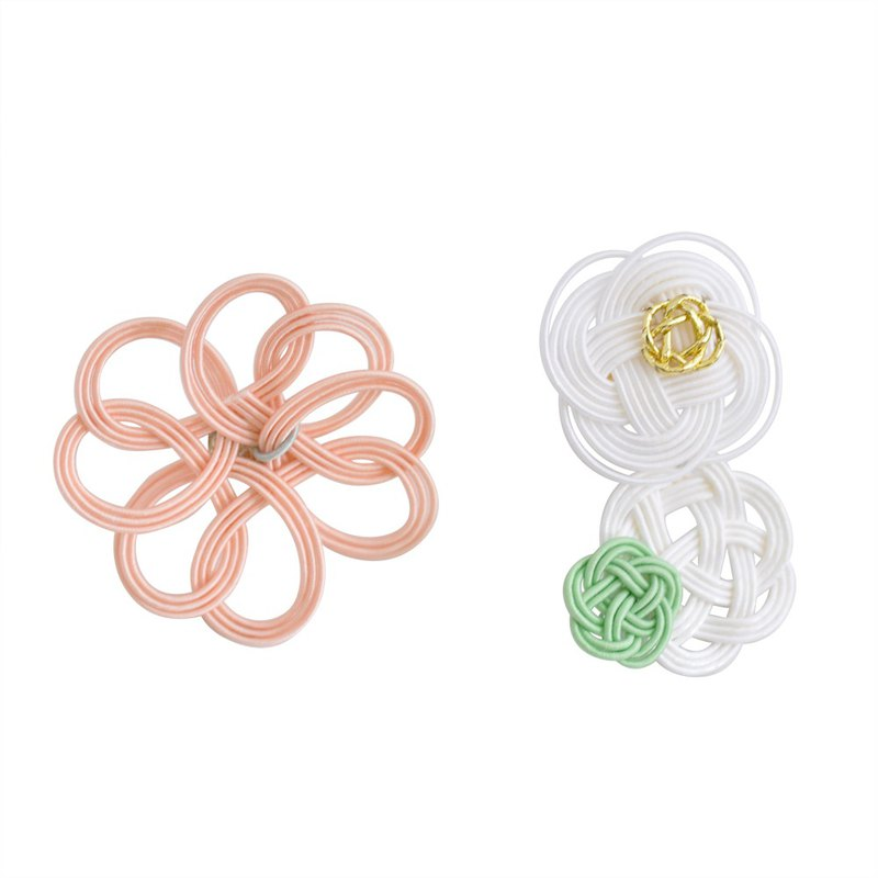 "Mizuhiki Pierced earrings ""clover and flower"" -Pink×White-"